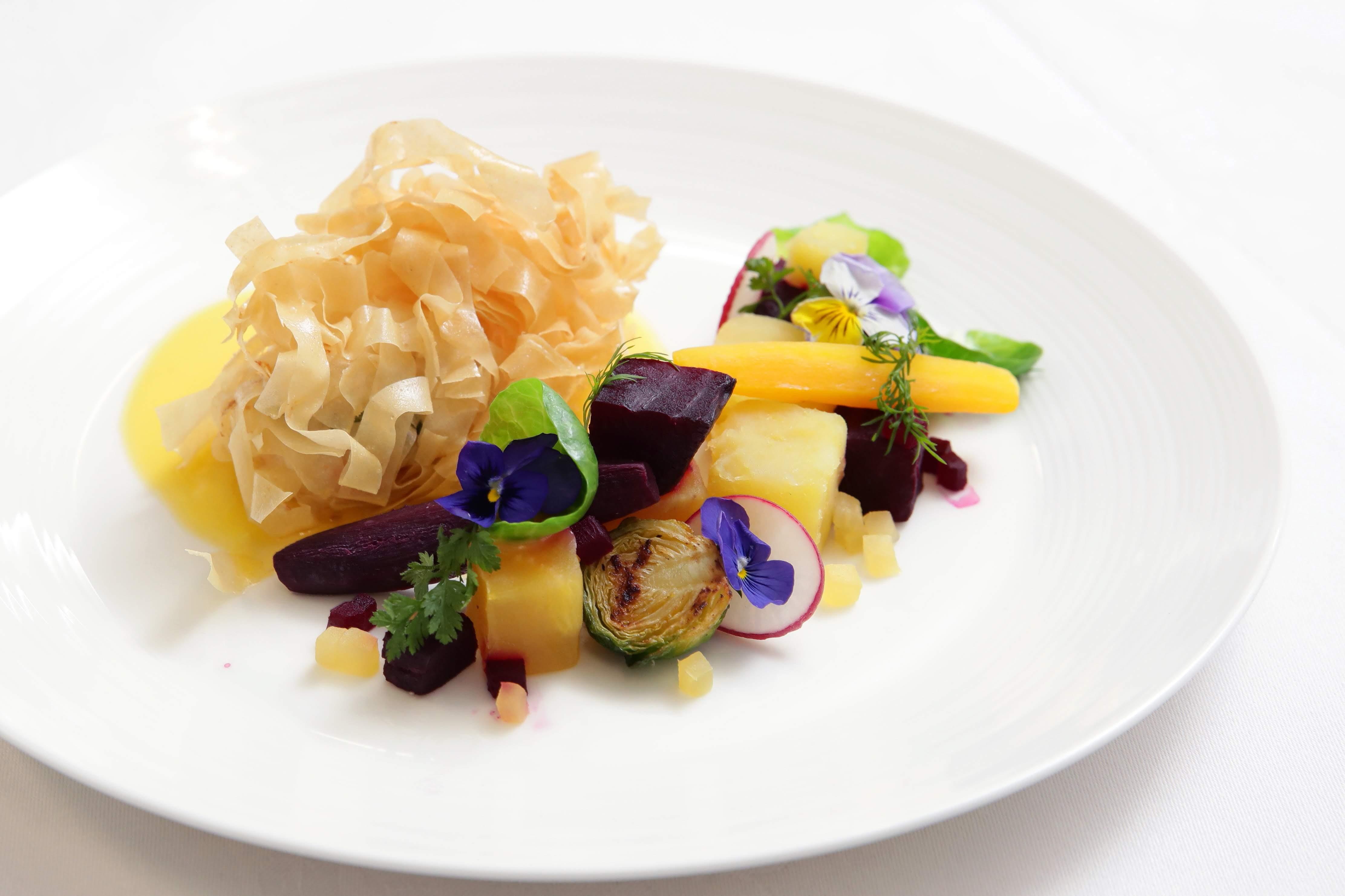 期間限定 「Best Chef 料理コンクール」優勝作品をランチタイムにてご提供いたします。